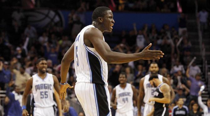 Los Heat superan sus problemas 'matrimoniales' y en Florida nace una estrella que da brillo a la jornada NBA