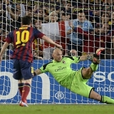 Fin a la sequ�a de Messi con su octavo gol al Milan