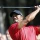 Tiger Woods se mantiene al frente