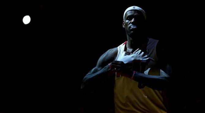 Los Heat desobedecen a su 'rey'... y ganan para coronarse en una nueva jornada NBA