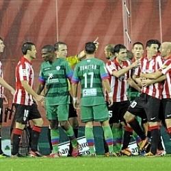 El Athletic recurrirá la sanción a Aduriz
