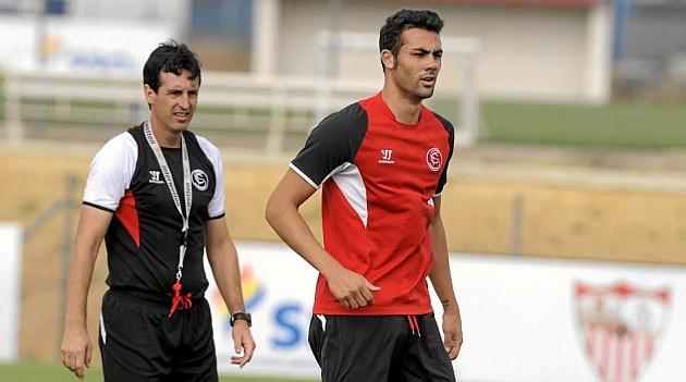 Emery e Iborra, en un entrenamiento en la ciudad deportiva. KIKO HURTADO