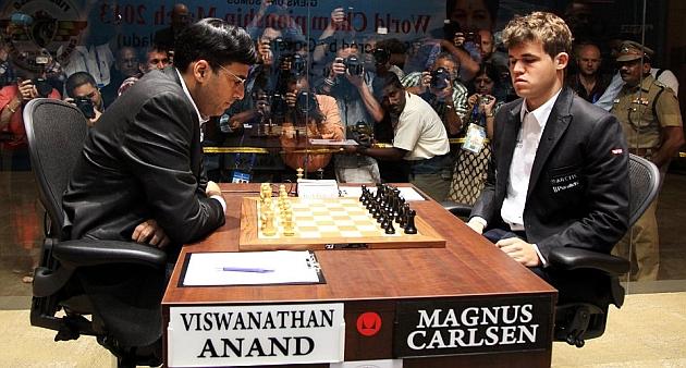 Carlsen pone contra las cuerdas a Anand en la cuarta partida