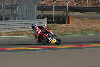 Cinco equipos de Superbikes se entrenan en MotorLand