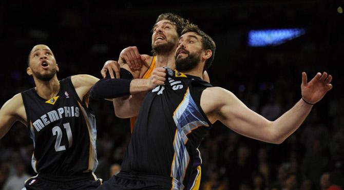 Marc conquista ante Pau el Staples: segundo peor inicio de los Lakers en 20 a�os