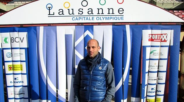 Gabri posa para MARCA.com en el Estadio Ol�mpico de la Pontaise en Lausanne.