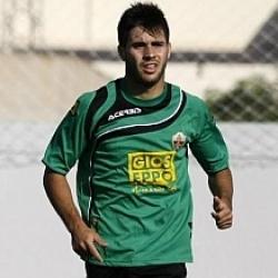 Carles Gil lamenta no poder jugar contra el Valencia
