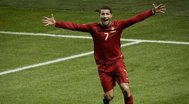 Cristiano Ronaldo celebra un gol ante Suecia / AFP