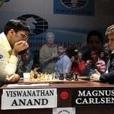 Carlsen deja casi sentenciado el Mundial con su victoria en la novena partida