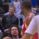 La NBA sanciona a Howard con 25.000 d�lares de multa por tirar el bal�n a la grada