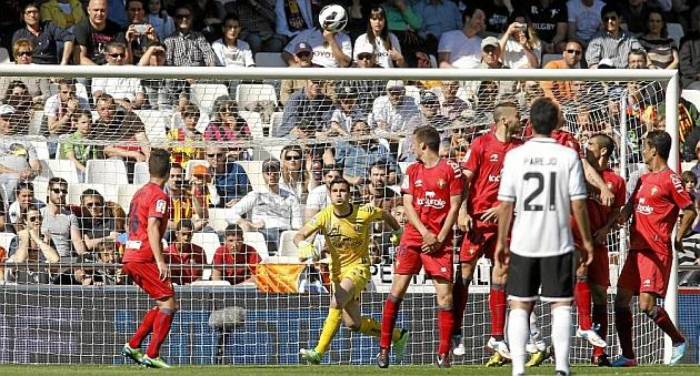 Mestalla es gafe para Osasuna