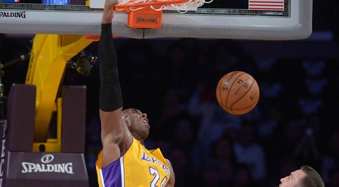 Un ex Baskonia condena a unos Lakers que no saben ganar con Kobe pese a la mejor�a de Pau