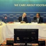 La UEFA pide que se suprima la norma del 'penalti y expulsi�n'
