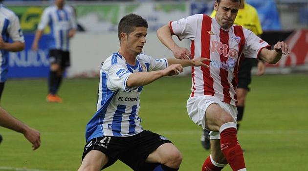 Dos años y medio después vuelven a enfrentarse Alavés y Lugo en Vitoria / Marca