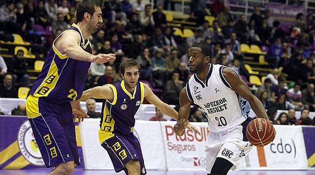 Gipuzkoa Basket aprovecha las debilidades del Valladolid y suma un nuevo triunfo
