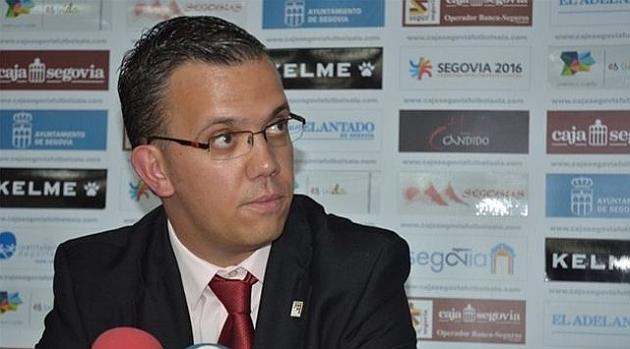 Foto: David Madrid, en una rueda de prensa en Segovia. www.lnfs.es