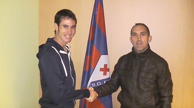 David Mainz ya está en Ipurua / Web del Eibar