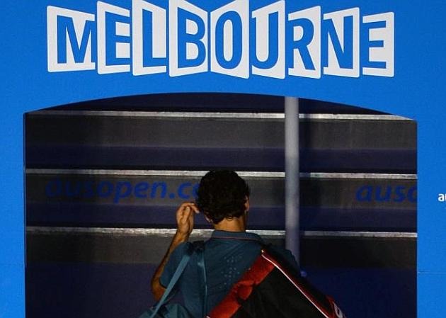 Federer se queja de los gritos de Nadal y del tiempo que se toma para sacar