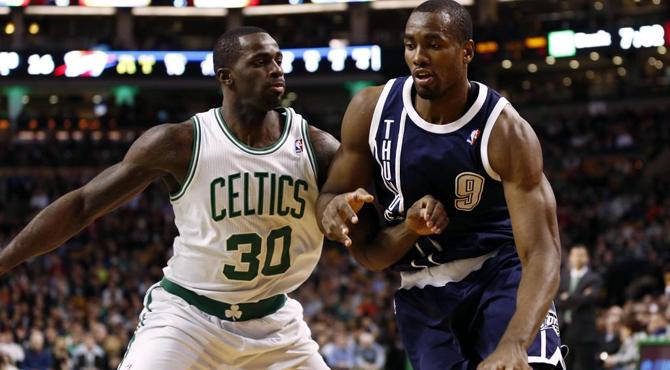 Ibaka hace de Durant para que los Thunder pasen por encima de los Celtics