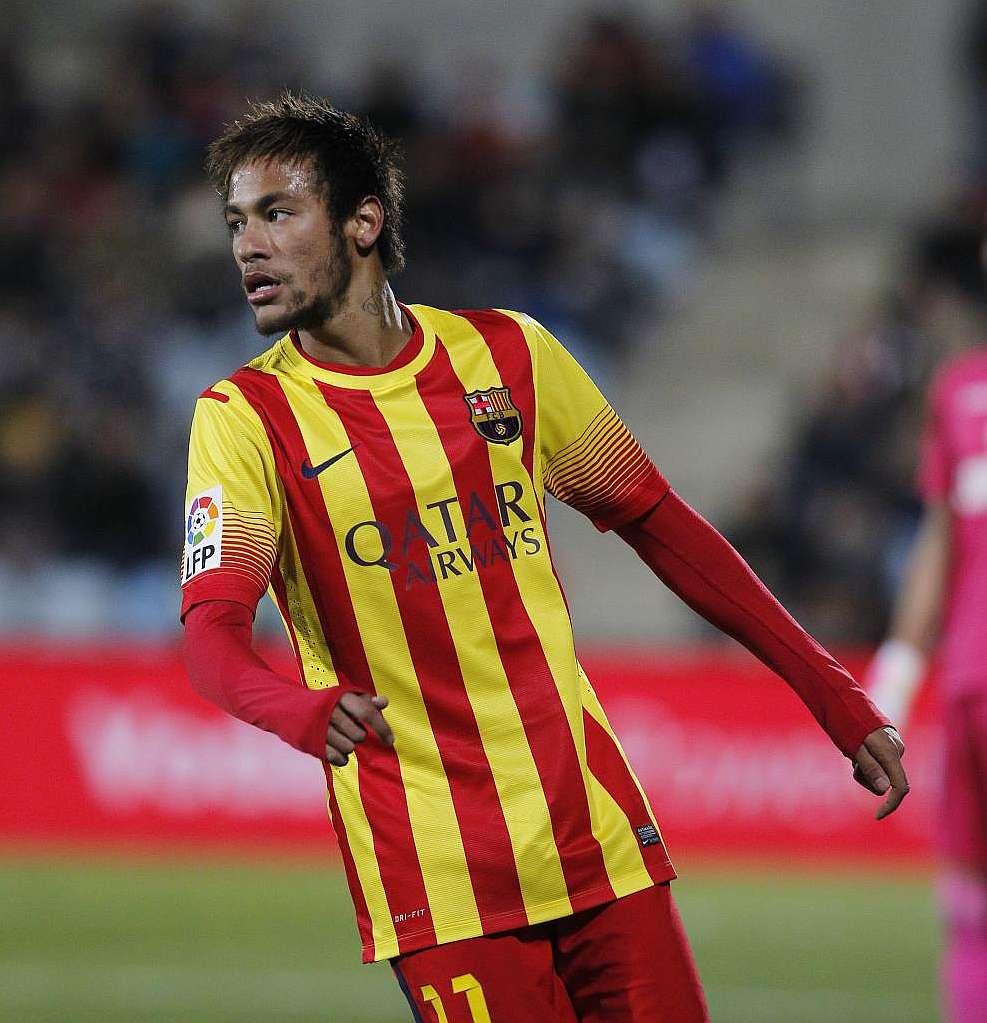 Marca Com English Version: Sonda Brands 2011 Barça-Neymar Contract Illegal