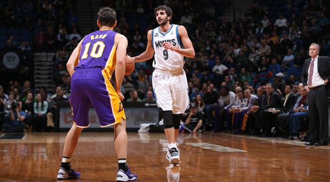 Ricky reparte 13 asistencias ante Nash y unos Lakers sin Gasol
