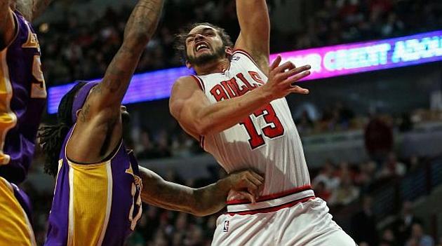 Los Bulls aprovechan la ausencia de Gasol en la zona para cornear a los enrachados Lakers