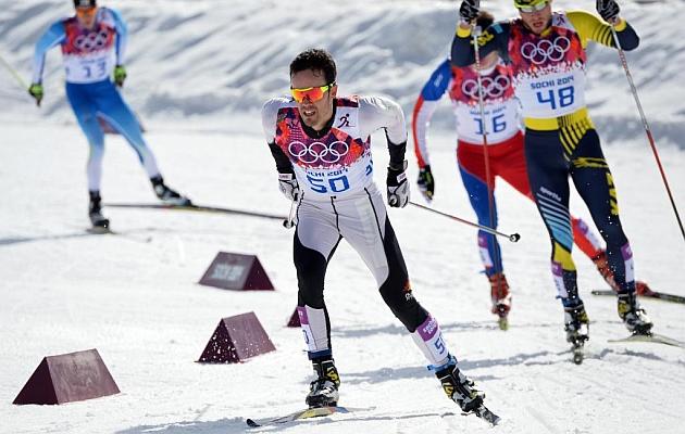Los rusos Legkov, Vylegzhanin y Chernousov copan el podio