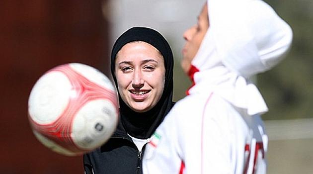 El velo y el turbante, autorizados por la FIFA