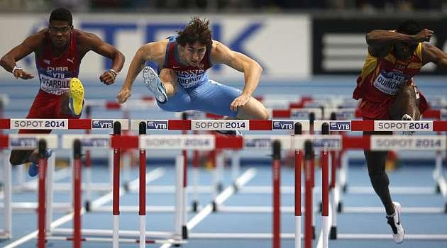 Quiñónez, eliminado en primera ronda de 60 metros vallas