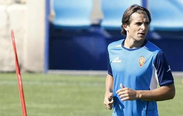 Juan Esnáider en un entrenamiento. / Toni Galán