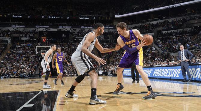 Los hist�ricos '13 Spurs' borran a los Lakers de 'Mr. Doble Doble' Gasol de los playoffs