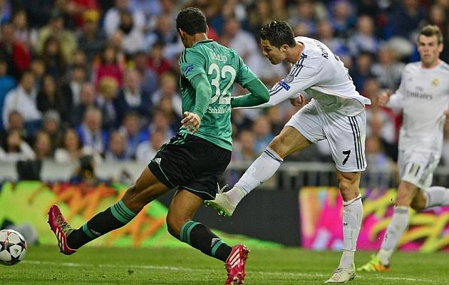 Cristiano bate su récord y acecha a Messi
