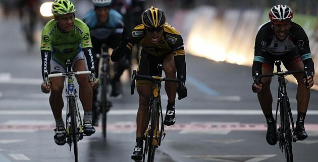 Ciolek (c) sorprendió a Cancellara y Sagan el año pasado. / Afp