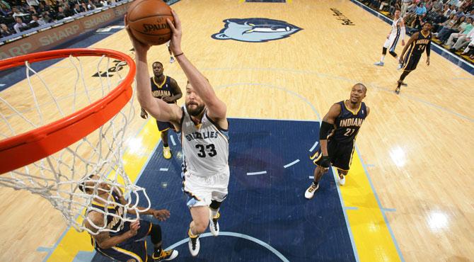 Marc Gasol juega tocado y los Grizzlies marcan territorio ante Indiana Pacers
