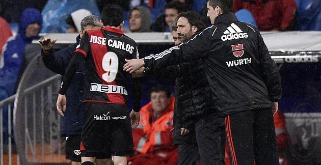 José Carlos se resiente de su rodilla