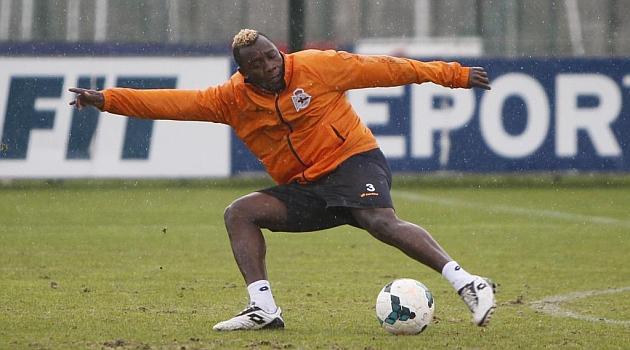 Sissoko, durante un entrenamiento del Deportivo / Amador Lorenzo (Marca)