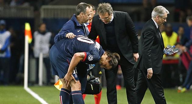 Ibrahimovic estará cuatro semanas de baja