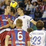El Eibar busca ganar al Tenerife su partido 1.000 en Segunda para ser l�der