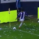Víctor Pérez casi marca un gol olímpico