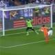 Diego L�pez y el larguero evitaron este gol de Parejo