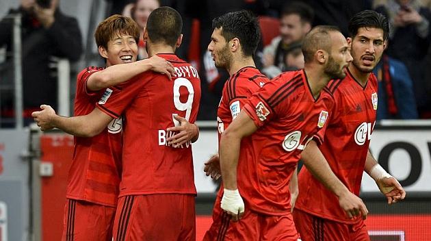 El Hamburgo se salva del descenso directo y el Leverkusen, a la Champions