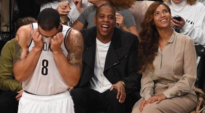Los Nets se cargan la condición de invicto en playoffs de LeBron a triplazo limpio