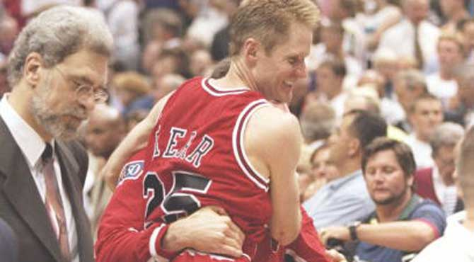 Primer rev�s para Phil Jackson en los Knicks: plant�n del 'deseado' Kerr por los Warriors