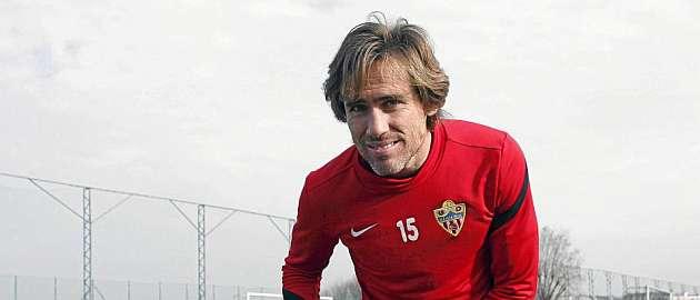 El Almería cuenta ya con 15 futbolistas