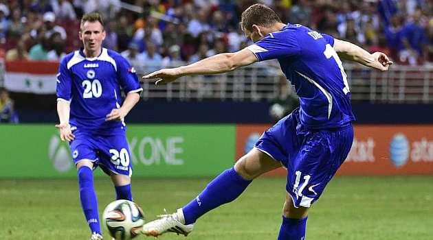 Bosnia derrota a Costa de Marfil con un doblete de Dzeko