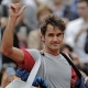 Gulbis se impone a un deca�do Federer