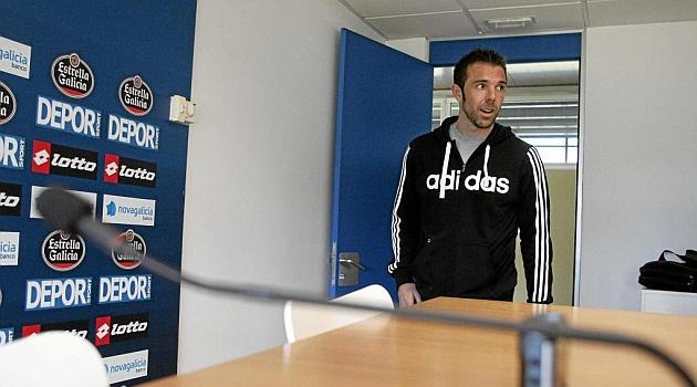 Carlos Marchena, antes de una rueda de prensa en A Coru�a / Amador Lorenzo (Marca)