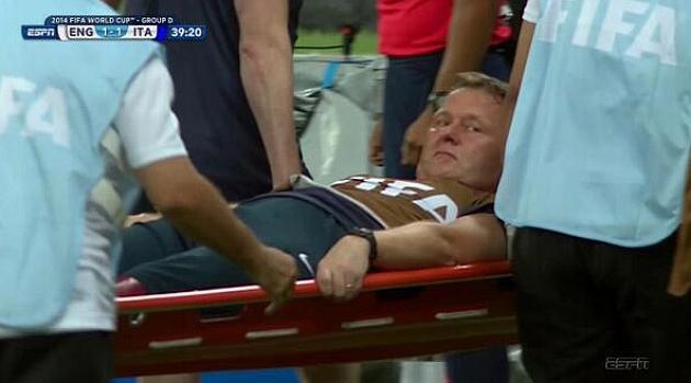 El fisio de Inglaterra se lesionó festejando el gol