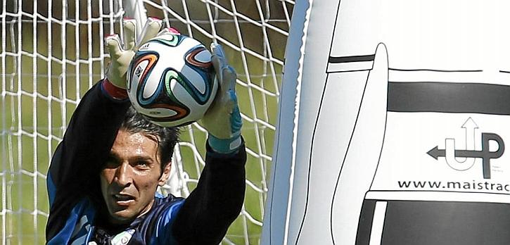 Buffon, Abate y Thiago Motta se perfilan titulares