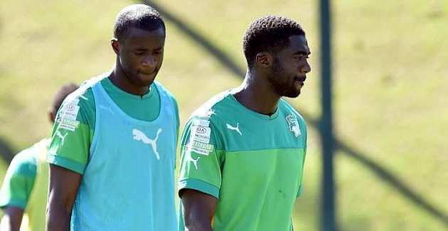 Yaya y Kolo Touré abandonan la concentración tras el fallecimiento de su hermano
